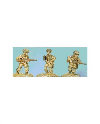 NCO & 2 Riflemen